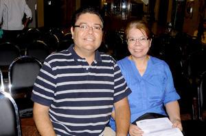 08082014 Arturo Ramírez y Beatriz Moreno.
