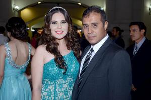09082014 DE FIESTA.  Blanca y Roberto.