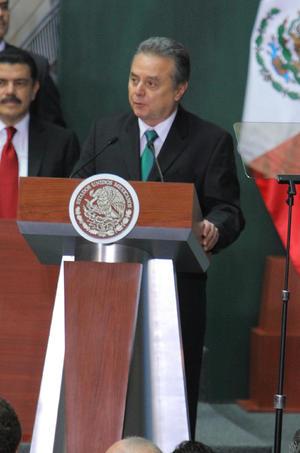 Algunos de los presentes tuvieron participaciones en el acto, como el secretario de Energía, Pedro Joaquín Coldwell, quien destacó los alcances de esta nueva reforma y los beneficios que traerá al país.