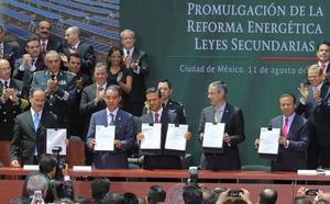 El presidente Enrique Peña Nieto promulgó las leyes secundarias de la reforma energética.