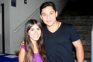 13082014 Gaby y José.