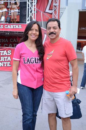 21082014 Betty y Gerardo.