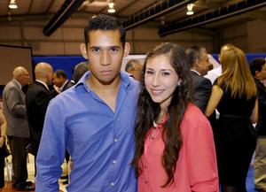 23082014 EN RECIENTE FESTEJO.  Carlos y Miriam.