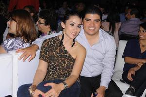 27082014 Adla y Fernando.