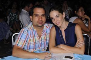 30082014 Homero y Fernanda.