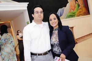 31082014 EN PAREJA.  Carlos y Denisse.