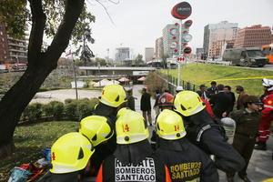 La explosión ocurrió en un local de comida rápida de un centro comercial de Santiago.