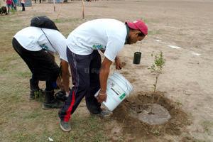 Laguneros se han sumado al proyecto plantando árboles en distintos puntos de la Zona Metropolitana.