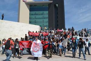 La Laguna no olvida los hechos del 2 de octubre y decenas de estudiantes de la región lo demostraron.