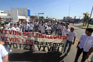 Durango también se sumó a las marchas por los normalistas desaparecidos.