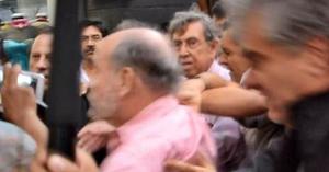 Durante la marcha, Cuauhtémoc Cárdenas, quien se sumó al movimiento, fue agredido por varios manifestantes.