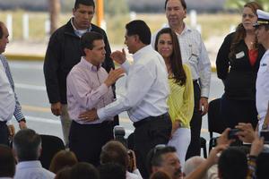 El gobernador de Durango, Jorge Herrera Caldera, asistió a la inauguración del Libramiento Norte de la Laguna