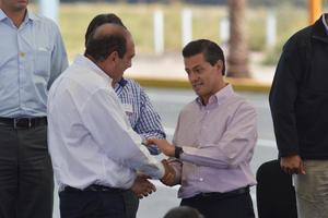 El presidente de la República reconoció la labor  del gobernador Rubén Moreira en abatir los índices de inseguridad que se registraban aquí hace apenas dos años.