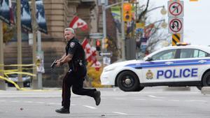 Rápidamente, cuerpos de seguridad se movilizaron para atender la crisis de seguridad.