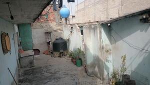 Una modesta vivienda es donde vivió el exalcalde tras darse a la fuga por el caso de los normalistas desaparecidos.
