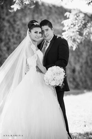 Gabriela Alejandra Márquez  Alvarado y Gonzalo Adrián Delgadillo Martínez.- Ana Karina Fotografía