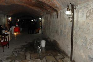 Algunas zonas del Canal de la Perla resultaron con goteras.