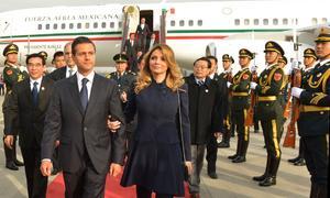 La pareja presidencial había sido recibida por soldados del Ejército Popular de Liberación.