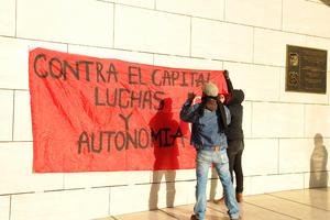 La jornada de protesta se realizó atendiendo un llamado a nivel nacional, coincidente con el inicio del tercer año de gobierno de Enrique Peña Nieto.