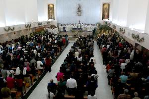 El sacerdote José Rodríguez Tenorio fue despedido entre aplausos de la Catedral de Nuestra Señora del Carmen.