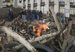 7 de abril | Ucrania. Siguiendo los pasos de Crimea, grupos prorrusos declaran la independencia de Donetsk.