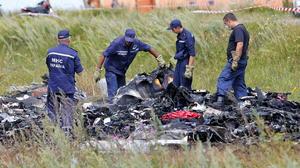 17 de julio | Avionazo. El Vuelo 17 de Malaysia Airlines se estrella en la ciudad ucraniana de Grabovo por un misil. No hubo sobrevivientes y 298 muertos.