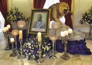 28 de octubre | Zambia. Muere el presidente de Zambia, Michael Sata, en un hospital de Londres.