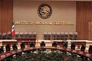 4 de abril | INE. Es creado el Instituto Nacional Electoral en sustitución del extinto Instituto Federal Electoral.