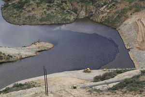 10 de agosto | Derrame. Una mina de cobre de Grupo México contaminó un río con miles de metros cúbicos de sustancias tóxicas; se derramaron aproximadamente 40 mil metros cúbicos de lixiviados de cobre en el río Bacanuchi.
