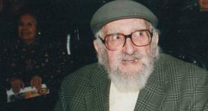 15 de enero | Manuel Almeyda. A los 89 años de edad falleció el médico y político chileno.