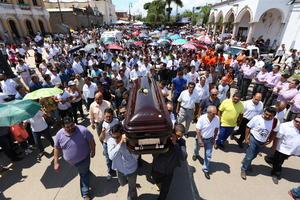 23 de septiembre | Gabriel Gómez Michel. El médico y político mexicano fue asesinado tras haber sido secuestrado en Tlaquepaque.