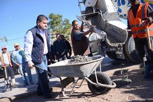 5 de febrero   Mejoramiento. En el bulevar México del fraccionamiento Latinoamericano, autoridades municipales pusieron en marcha el programa de mejoramiento de la Imagen Urbana de Torreón.