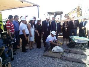 21 de febrero   Universidad. Se colocó la primera piedra del Campus Torreón de la Universidad Autónoma de Durango.