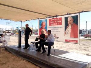 27 de abril   Capilla. Colocaron primera piedra de la Capilla de San Juan Pablo II en el Fraccionamiento Sol de Oriente, como parte de la celebración por la canonización de Juan XXIII y Juan Pablo II.