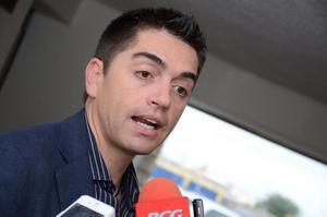 24 de septiembre   Escándalo. Luis Fernando Salazar exigió al alcalde Miguel Ángel Riquelme que aclare por qué destinó casi un millón de pesos a la Fundación Colosio, filial del PRI.