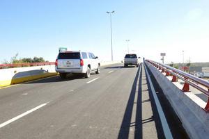 26 de noviembre   Obras. Abren a la circulación el puente superior Ana-La Partida.