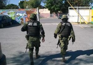 27 de noviembre   FCPyS. Estudiantes de la Facultad de Ciencias Políticas y Sociales de la Universidad Autónoma de Coahuila denunciaron la introducción de elementos del Ejército mexicano en las instalaciones de la escuela.