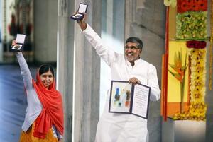 Orgullosos se mostraban los ganadores del Nobel de la Paz.