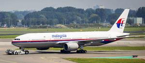 8 de marzo | Vuelo 370 de Malaysia Airlines. Tras perder contacto con la aeronave, se inició una operación de búsqueda y rescate por el gol de Tailandia, sin que hasta la fecha se obtuvieran resultados exitosos. Los 227 pasajeros y los 12 miembros de la tripulación aún continúan desaparecidos.