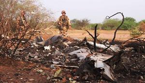 24 de julio | Caída Air Algerie en Mali. La aeronave desapareció de los radares aéreos cincuenta minutos después del despegue, cayendo al norte deMalí, cerca de la frontera con Argelia. Murieron 116 pasajeros.