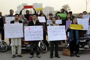 Varios grupos de ciudadanos paquistaníes levantaron la voz tras el ataque para demandar por la paz en su localidad.
