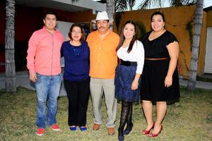 21122014 FELIZ CUMPLEAñOS.  Jorge Galindo con su familia.