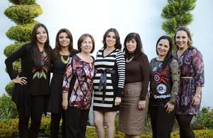 21122014 'BABY SHOWER'.  Marisol Escárcega de Becerra acompañada de Lety de Escárcega, Lupita Padilla, Lety y Ale Escárcega y Lupita y Cecy Becerra.