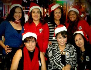 21122014 AMIGAS.  Laura, Irma, Cecy, Eunice, Tania, Gaby y Rosy.