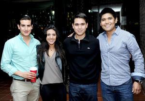 23122014 Gerardo, Mayra, Sergio y Pepe.