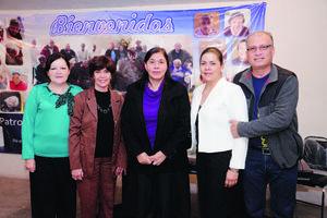 24122014 Julieta, Gloria, Ruth, Verónica y Manuel.