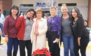 27122014 EN RECIENTE EVENTO.  Lupita, Ethel, Alicia, Patricia, Carola y Libier.