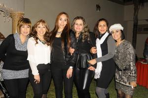 25122014 ENTRE AMIGAS.  Lolis, Blanca, Vicky, Betty, Valeria y Silvia.