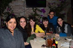 30122014 Sarahí, Dany, Angie, Karen, Paty y Marisol.