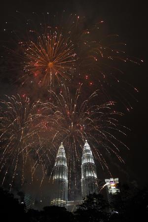 Finalmente, Malasia supo contener la emoción por las tragedias vividas el año que se acabó, como la del avión desaparecido, y vibrar junto con la llegada del 2015.